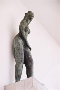 Ursula, 2004, Bronze, h 68 cm, Ursulastraße 29, Köln, Foto: Reiner Rehfeld